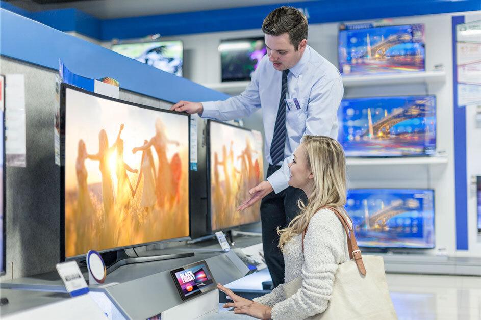 Digital signage retail shelf communication with intel panel pc